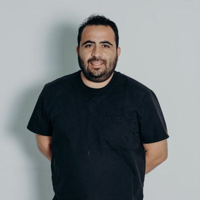 Dr Gustavo Espinoza