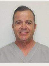 Loval Dental - Dr. Rafael Lopez (Implantologist)