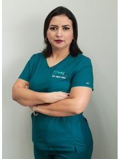 Dr Sigrid López - Principal Dentist at Smile Center