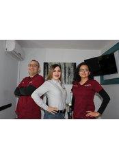 Tracey's Dental - A Avenue 139, Plaza Handas, Suite #3, Vicente Guerrero, Baja California, 21970,  0