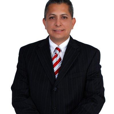 Dr Rolando Samano Brooks
