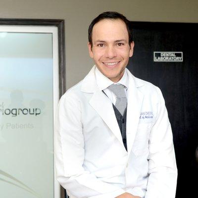 Dr Jose Luis Espinoza
