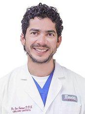 Dr. Jose Saturno Border Dental - Avenida Obregón 38, Nogales, Sonora, 84000,  0