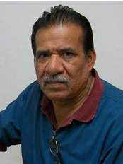 Mr David Ramirez - Dental Auxiliary at Cosmetic Dentist in Nuevo Progreso Dental Artistry