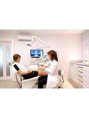 Denturist Consultation - DDS Luis Ochoa Hernandez
