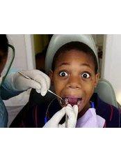Paediatric Dentist Consultation - DDS Luis Ochoa Hernandez