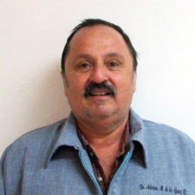 Dr Adrian De La Garza