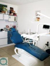 DentalQ - Av. Prolongación Ignacio Zaragoza No. 32 Interior 4-B, Querétaro, Querétaro, 76170,  0