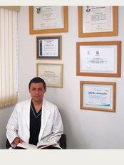 Implantoperio - Querétaro - Monjes 301, Col. Carretas, Santo Domingo, Querétaro, 76050,