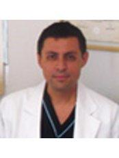 Dr Manuel Feregrino Mendez - Doctor at Implantoperio - Querétaro