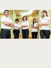 757 Dental Solutions - Ortiz Rubio 757 L-7. Colonia Del Prado, Reynosa, Tamaulipas, 88560,