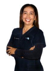 Dr. Lurdes Cazarez - Principal Surgeon at Clínica Dental Unión