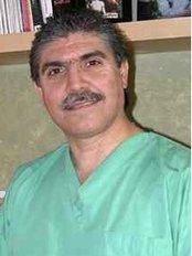 Dental Art Center - 2468 José Clemente Orozco Ste. 405,, Plaza Medical Bldg.; Zona Rio, Tijuana, B.C., México, 22010,  0