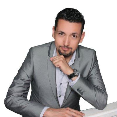 Dr Emmanuel Leon DDS