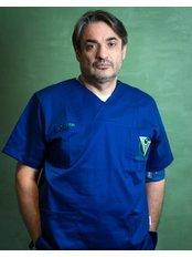 Prof Dr Zoran Lazic - Oral Surgeon at Dental Montenegro