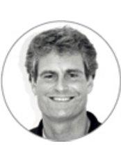 Dr Eric van Westendorp - Orthodontist at Orthospecialist - Alphen aan den Rijn