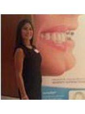 Dr Zina Shukur - Dentist at Dident