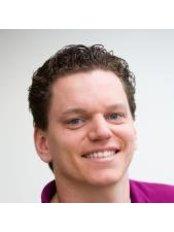 Dr J. Roelofs - Dentist at Roelofs Orthodontistenpraktijk