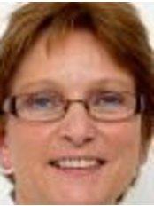 Ms Elly Akkermans-Smans -  at Tandartspraktijk Epelenberg