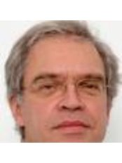 Dr Raynald Oomen - Dentist at Tandartspraktijk Epelenberg