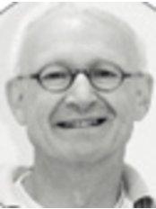 Dr John Nan - Orthodontist at Orthospecialist - Den Haag Leidschenveen