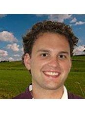 Dr Robbie Schreurs - Dentist at De Kliniek Voor Mondzorg – Maastricht