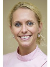 Dr Daisy-Joyce Webhofer-Hendrix -  at Dental Van der Geld Schormans