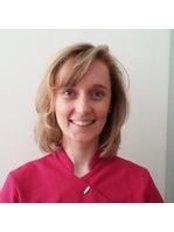 Dr Szilvia Duhaj - Dentist at Tandmeer Tandartspraktijk Meerdervoort