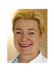 Dr DMM Botman-Erens - Dentist at Botman Tandartsen - Vestiging Blerick