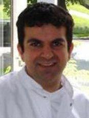 Dr Soroush Wasseghi - Dentist at Dental Wilhelmina