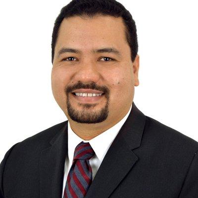 Dr Roger Padilla
