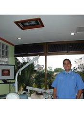 Dr Jorge Valenzuela - Associate Dentist at Dr. Marco Mongalo, DDS and Associates
