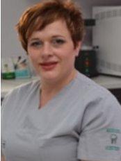 Dr Gordana Papakocha -  at Dent Estet