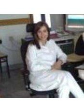 Dr Dr Irena Karapeoska-Mihajlovska - Dentist at Makedon Dent Tetovo