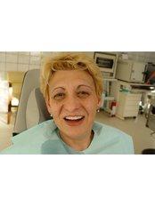 Dental Crowns - Vita Dent