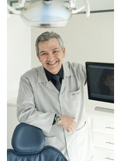 Dr Julio Cesar Alzate - Dentist at Muscat Dental Specialists