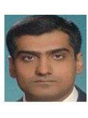 Dr. Adil Shahnawaz (Restorative Specialist) - Associate Dentist at Family Dental Associates