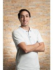 Dr Daniel Yuen - Oral Surgeon at Peru Dental