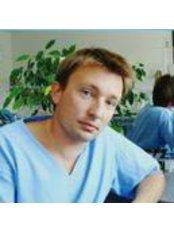 Dr Dariusz Sprus - Dentist at Sprus Dental