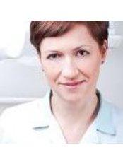 Dr. Ina Wojciechowsla - Zahnärztin - Dentaurus Zahnklinik - Danzig