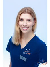 Dr. Alicja Ramsz - Zahnärztin - Dentineo
