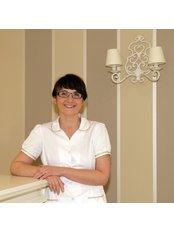 Dr. Anna Warzocha - Zahnärztin - Victoria Clinic