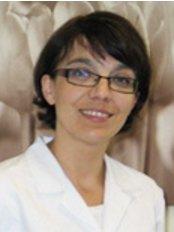 Dr Joanna Biedunkiewicz - Dentist at Gdyńskie Gabinety Stomatologiczne - Gabinet Gdynia-Obłuże