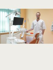 3G Dentist - Dr Marek Wozniacki
