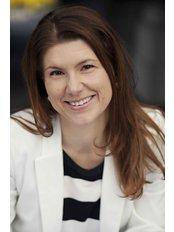 Frau Magdalena  Bednarek - Internationale Patientenkoordinatorin - DENTAL Care & IMPLANT Center