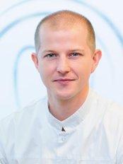 Dr Ewa Ryn-Magda - Dentist at Dental Studio – Gabinet Stomatologiczny w Krakowie