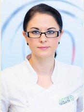 Dental Studio – Gabinet Stomatologiczny w Krakowie - ul. Armii Krajowej 12/U 10, Kraków, 30150,