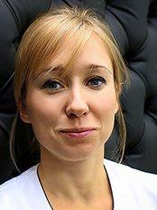 Dr. Agata Marcinkowska-Mitus -  - Esclinic