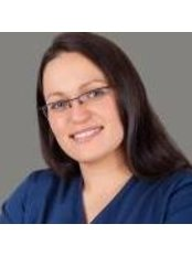 Agata Janisz - Dentist at Healthy Smile Centre