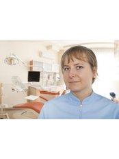 Justyna Dobrzanska-Pasula DDS - Doctor at Indexmedica SA